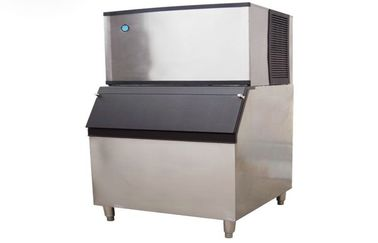 Stainless Steel Ice Cube Making Machine With Plastic Board For Snack Food Bar